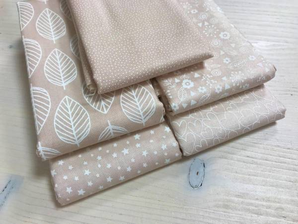 Essentials - Nude - Stoffpäckchen - 5 Fat Quarter