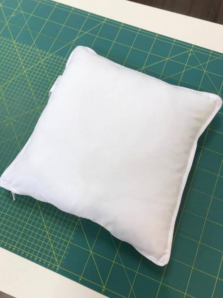 Kissen - 40 x 40 cm - Faserbällchenfüllung